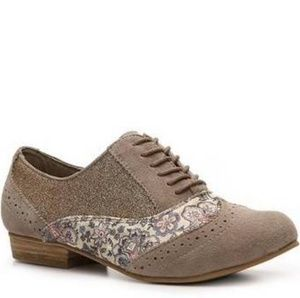"Naughty Monkey ""Prints Charming"" Taupe Oxfords (6)"